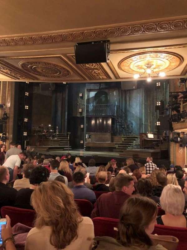 Walter Kerr Theatre, secção: Orchestra R, fila: Q, lugar: 18