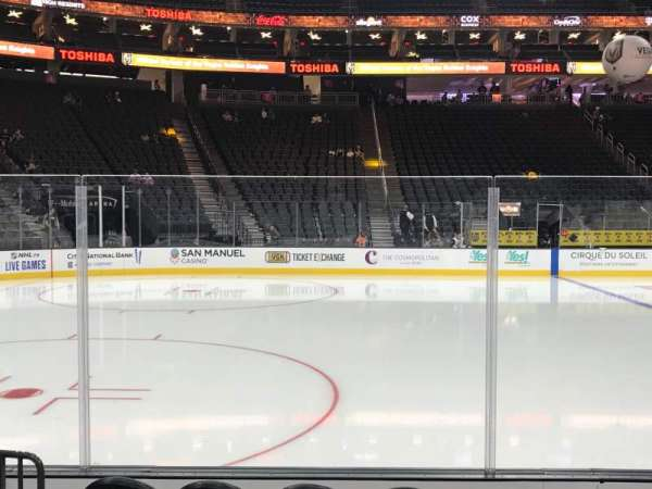 T-Mobile Arena, secção: 14, fila: B, lugar: 9