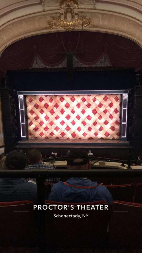 Proctor's Theatre, secção: Balcony C, fila: A, lugar: 104