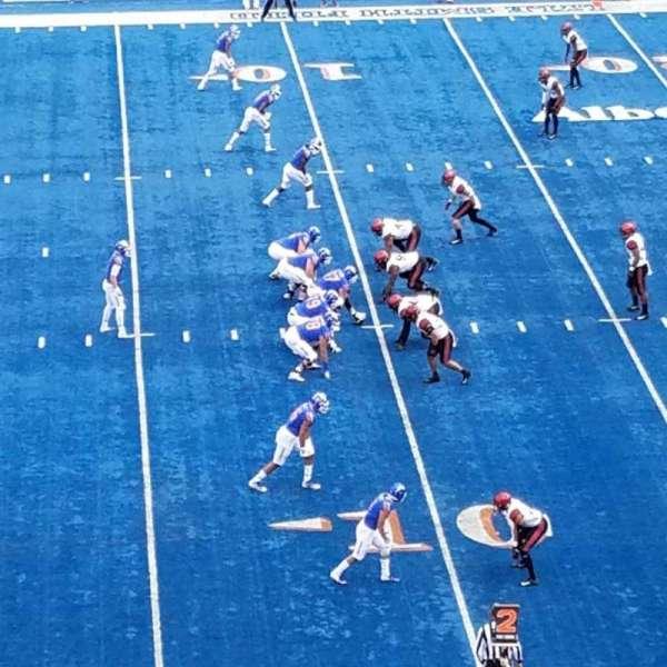 Albertsons Stadium, secção: 111, fila: N, lugar: 1