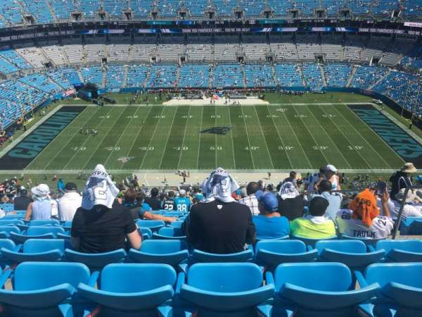 Bank of America Stadium, secção: 542, fila: 28, lugar: 3