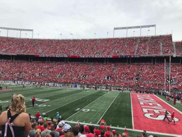 Ohio Stadium, secção: 25A, fila: 1, lugar: 21