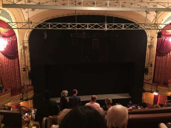 Bernard B. Jacobs Theatre, secção: Mezzanine C, fila: H, lugar: 114