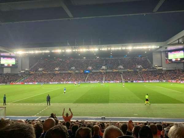 Ibrox Stadium, secção: SE4, fila: T, lugar: 118