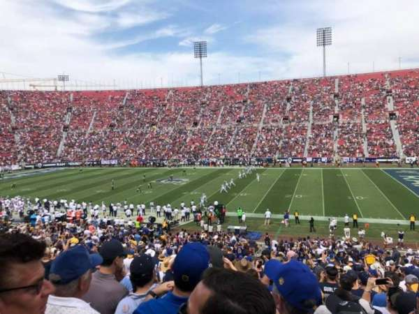 Los Angeles Memorial Coliseum, secção: 105A, fila: 36, lugar: 10