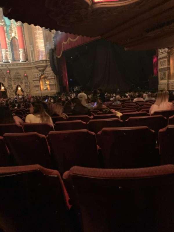 Fox Theatre (Detroit), secção: F6, fila: CC, lugar: 611