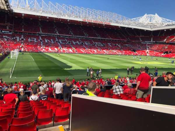 Old Trafford, secção: STH121, fila: 17, lugar: 237