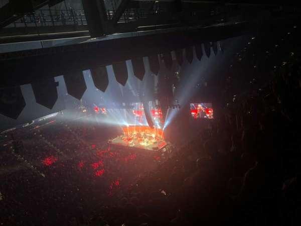 Amalie Arena, secção: 303, fila: S, lugar: 10