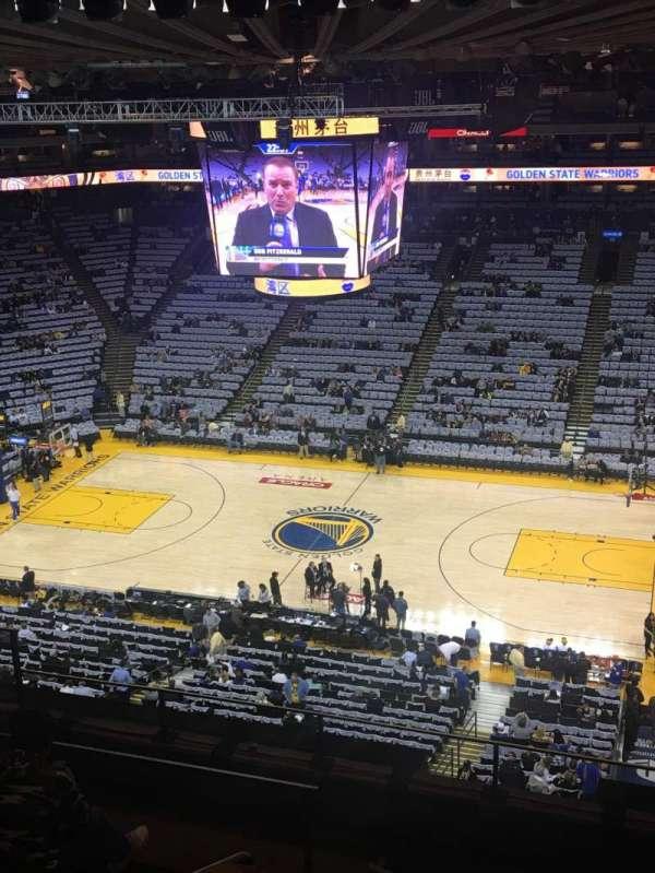 Oakland Arena, secção: 231, fila: 7, lugar: 8