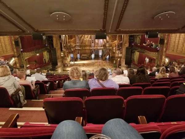 CIBC Theatre, secção: Mezzanine rc, fila: N, lugar: 304