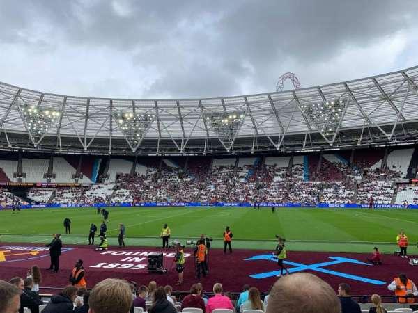London Stadium, secção: 110, fila: 12, lugar: 279