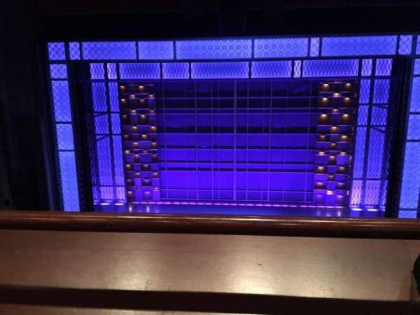 Stephen Sondheim Theatre, secção: Mezzanine C, fila: AA, lugar: 110