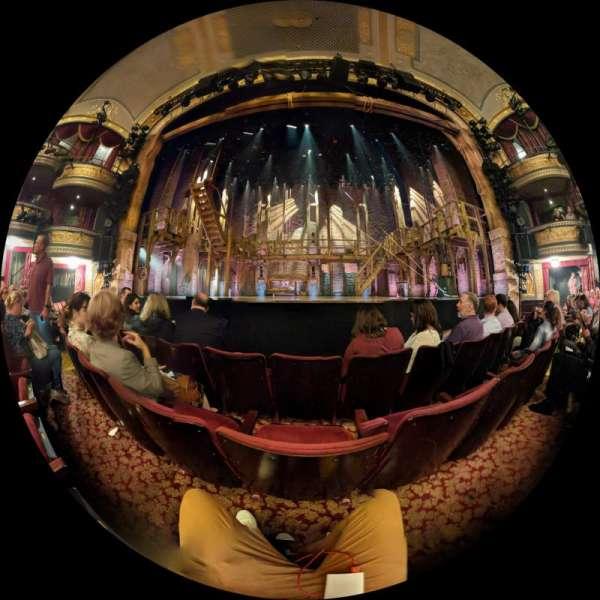 Richard Rodgers Theatre, secção: Orchestra C, fila: B, lugar: 106