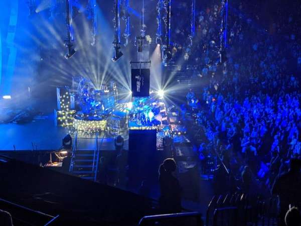 Bridgestone Arena, secção: 114, fila: M, lugar: 30
