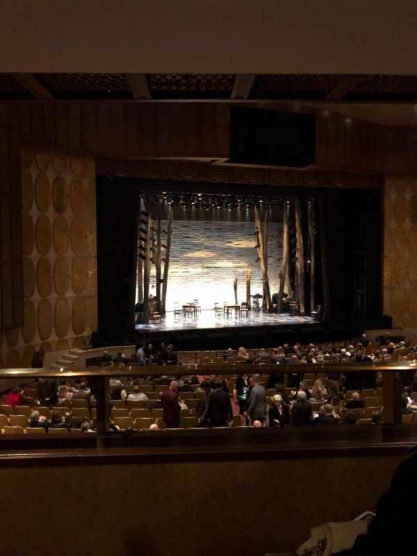 Fisher Theatre, secção: Mezzanine, fila: B, lugar: 15