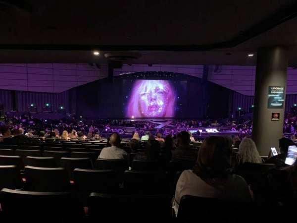 Zappos Theater, secção: 206, fila: AA, lugar: 2
