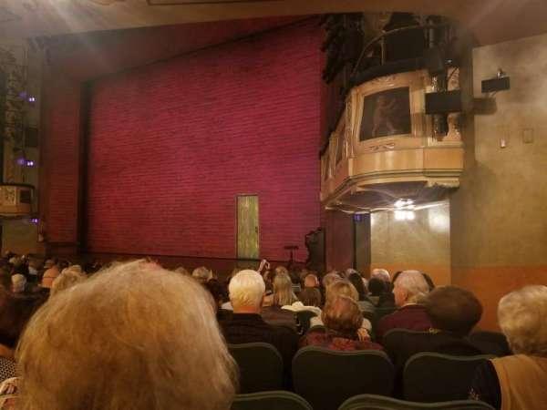 Shubert Theatre, secção: orchestra r, fila: O, lugar: 24