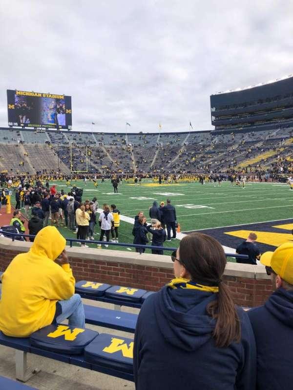 Michigan Stadium, secção: 18, fila: 4, lugar: 33