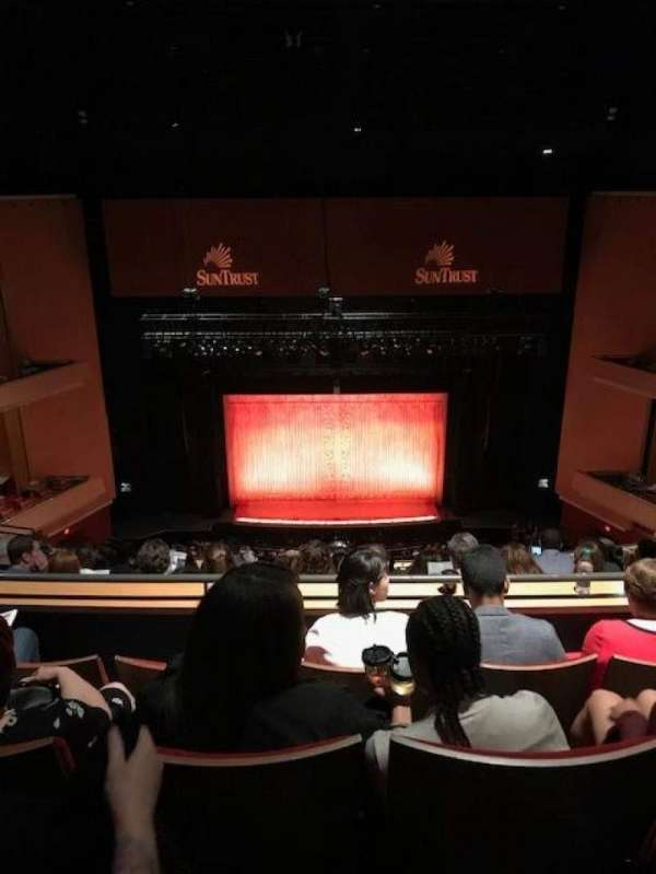 Durham Performing Arts Center, secção: Balcony 9, fila: M, lugar: 114