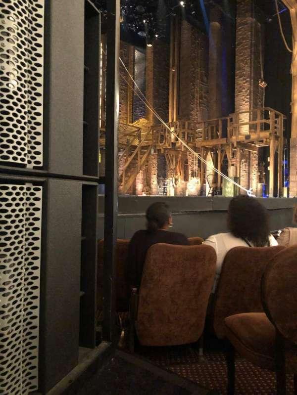 Forrest Theatre, secção: Orchestra B, fila: E, lugar: 15