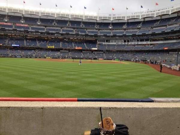 Yankee Stadium, secção: 135, fila: 1