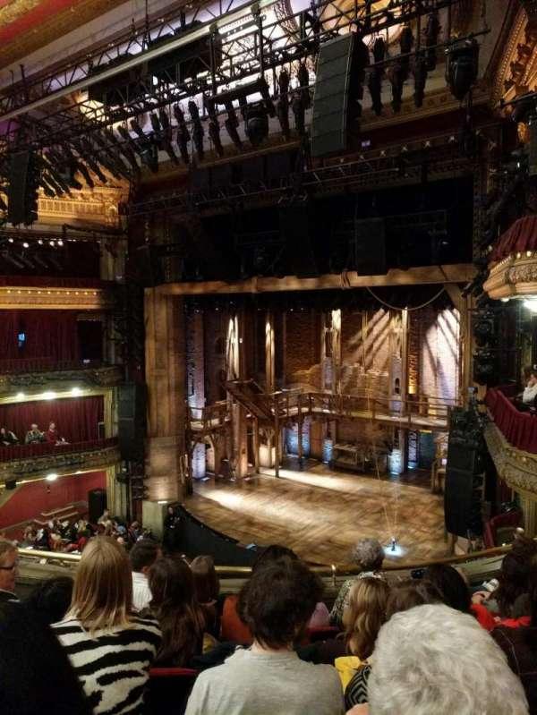 CIBC Theatre, secção: Mezzanine R, fila: E, lugar: 14