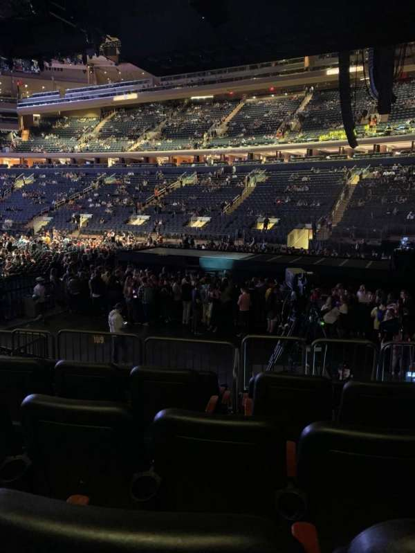Madison Square Garden, secção: 109, fila: 8, lugar: 12