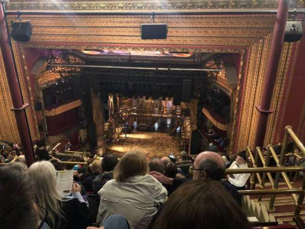 CIBC Theatre, secção: Balcony RC, fila: N, lugar: 424