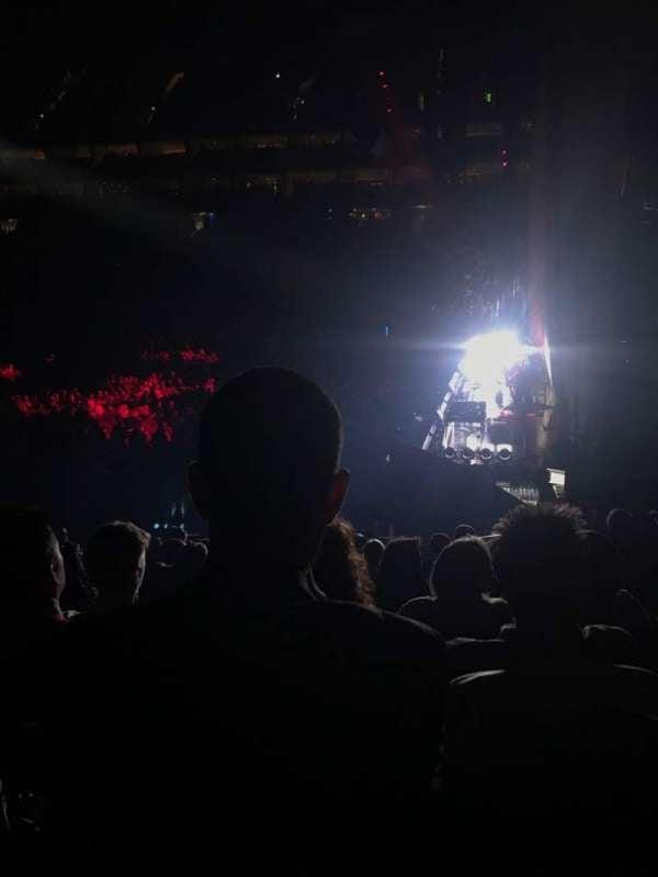 The O2 Arena, secção: 113, fila: R, lugar: 397