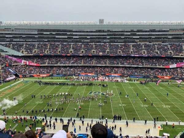 Soldier Field, secção: 437, fila: 4, lugar: 9