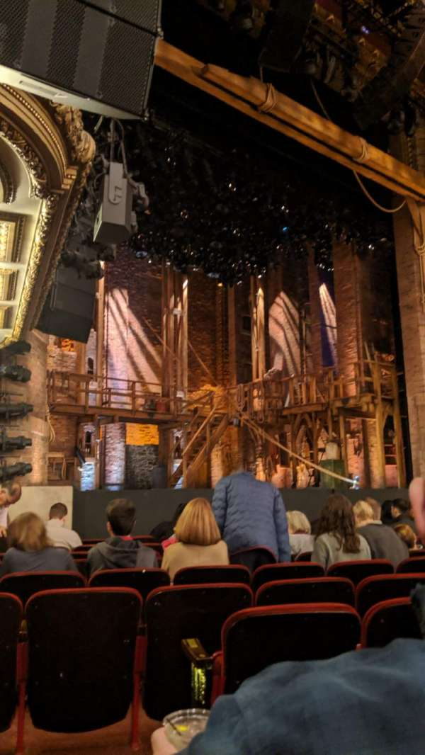 CIBC Theatre, secção: Orchestra L, fila: L, lugar: 21