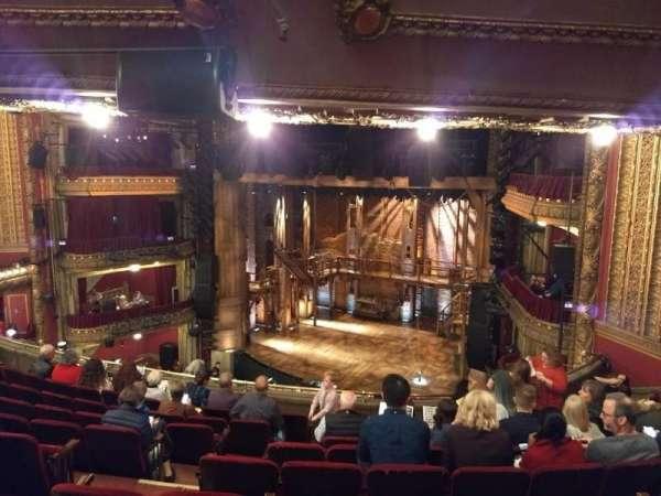 CIBC Theatre, secção: Mezzanine R, fila: J, lugar: 8
