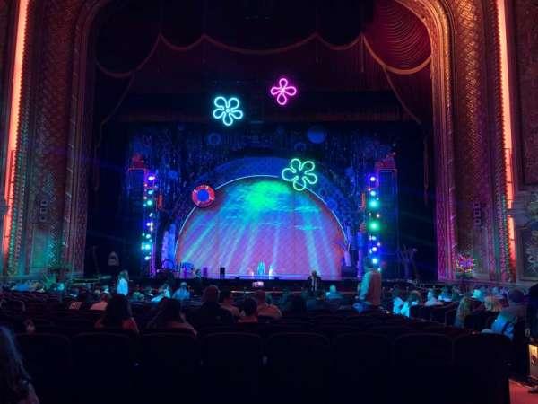 Wang Theatre, secção: Orchestra C, fila: Q, lugar: 111