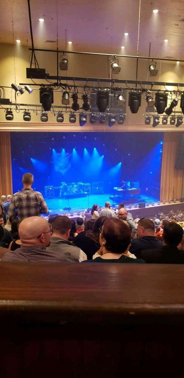 Ryman Auditorium, secção: Bal-14, fila: P, lugar: 2