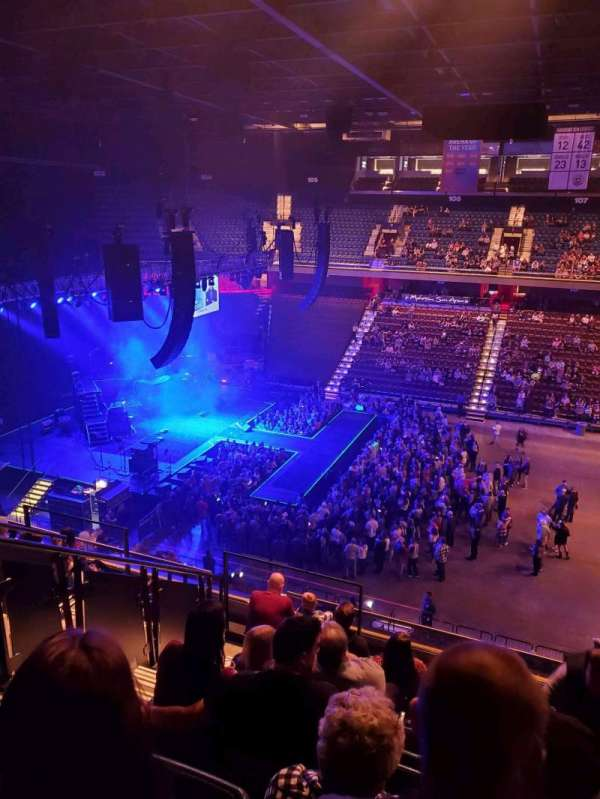 Mohegan Sun Arena, secção: 117, fila: j, lugar: 15