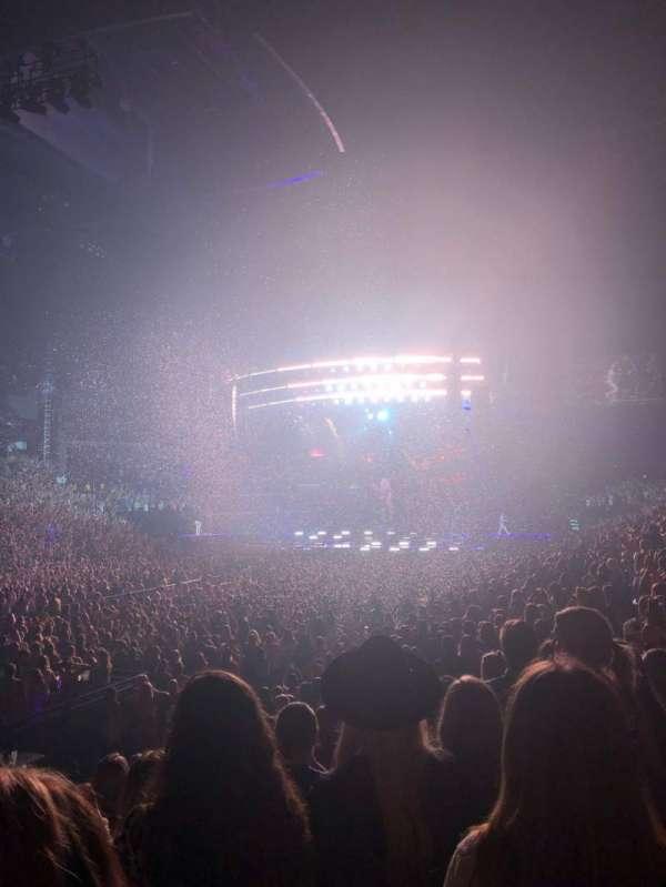 Bridgestone Arena, secção: 103, fila: LL, lugar: 10