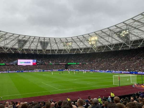London Stadium, secção: 118, fila: 18, lugar: 107