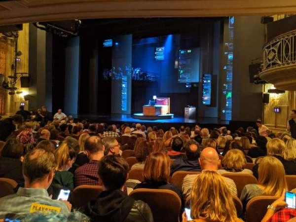 Music Box Theatre, secção: Orchestra R, fila: O, lugar: 16