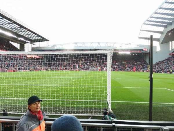 Anfield, secção: 124, fila: 3, lugar: 100