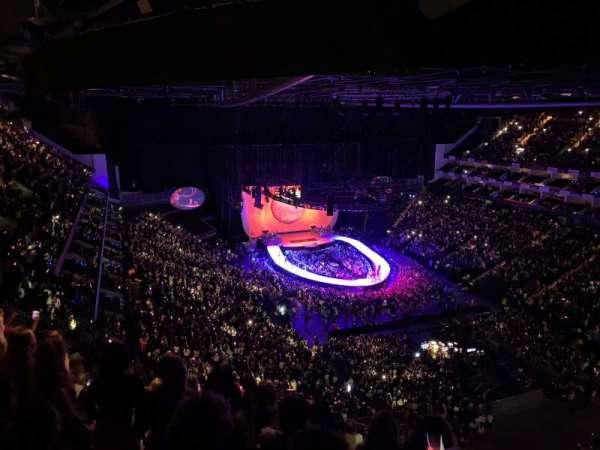 The O2 Arena, secção: 408, fila: Q, lugar: 463