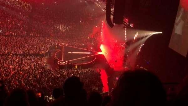 Manchester Arena, secção: 215, fila: E, lugar: 18