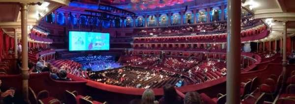 Royal Albert Hall, secção: Grand Tier 14, fila: 3, lugar: 12