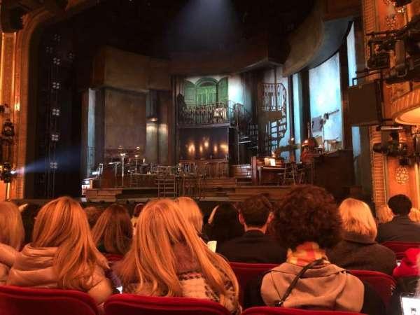 Walter Kerr Theatre, secção: Orchestra R, fila: L, lugar: 10