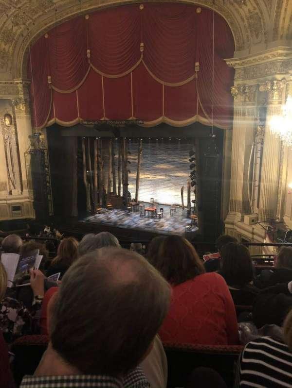 Citizens Bank Opera House, secção: Mezzanine R, fila: E, lugar: 18