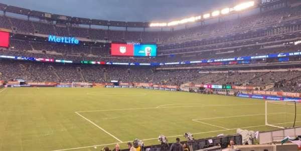 MetLife Stadium, secção: 109, fila: 1, lugar: 12