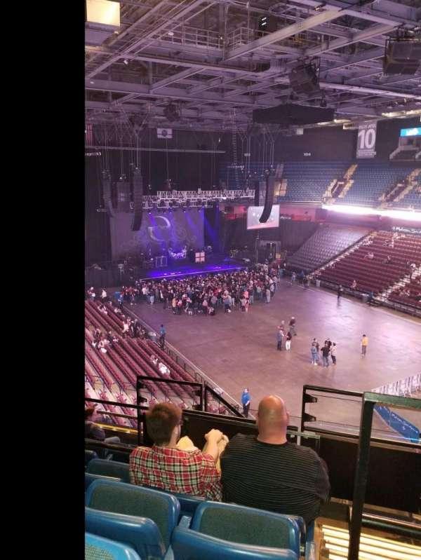 Mohegan Sun Arena, secção: 115, fila: J, lugar: 10