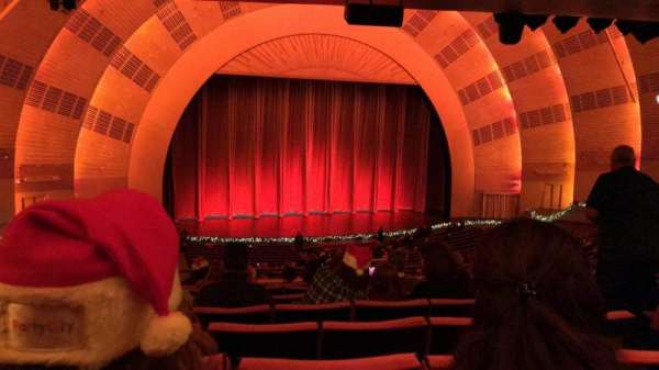 Radio City Music Hall, secção: 1ST Mezzanine 6, fila: H, lugar: 605