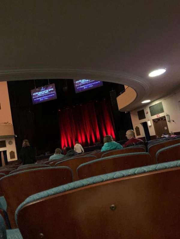 Chevalier Theatre, secção: ORCH, fila: X, lugar: 10