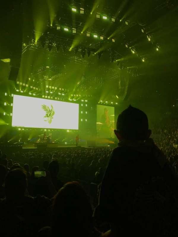 Honda Center, secção: 208, fila: D, lugar: 7