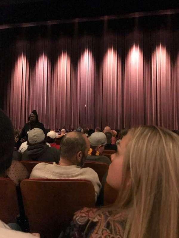 Chicago Theatre, secção: MNFL4R, fila: FF, lugar: 408